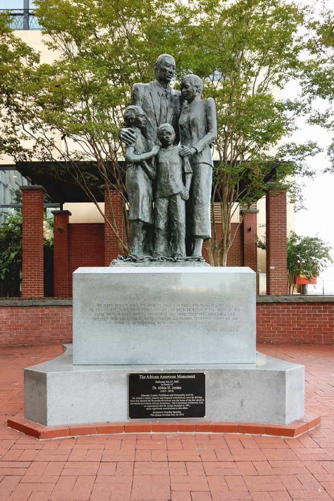 African American Monument showing a family of four with chains at their feet